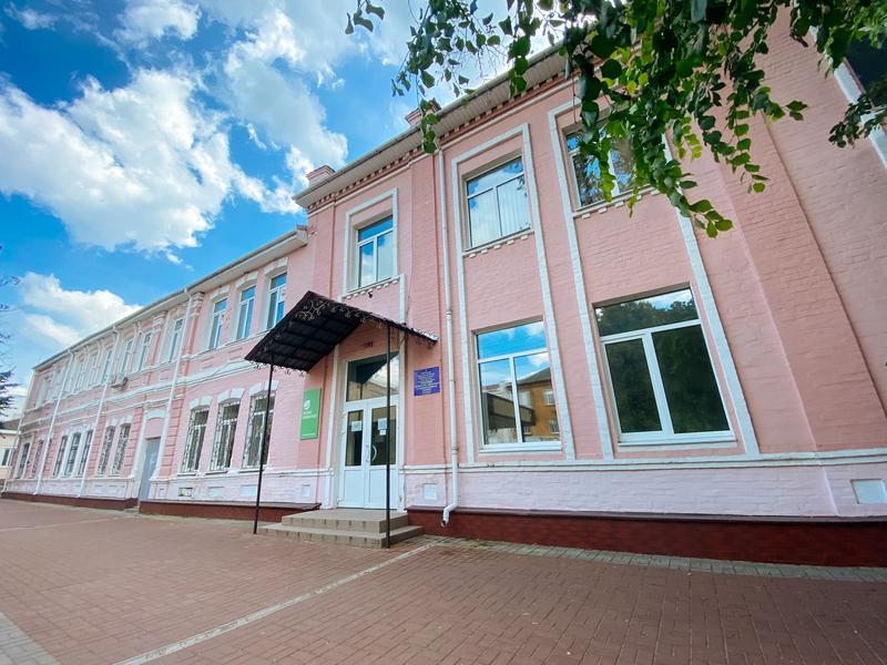 Готель  Лапшука
